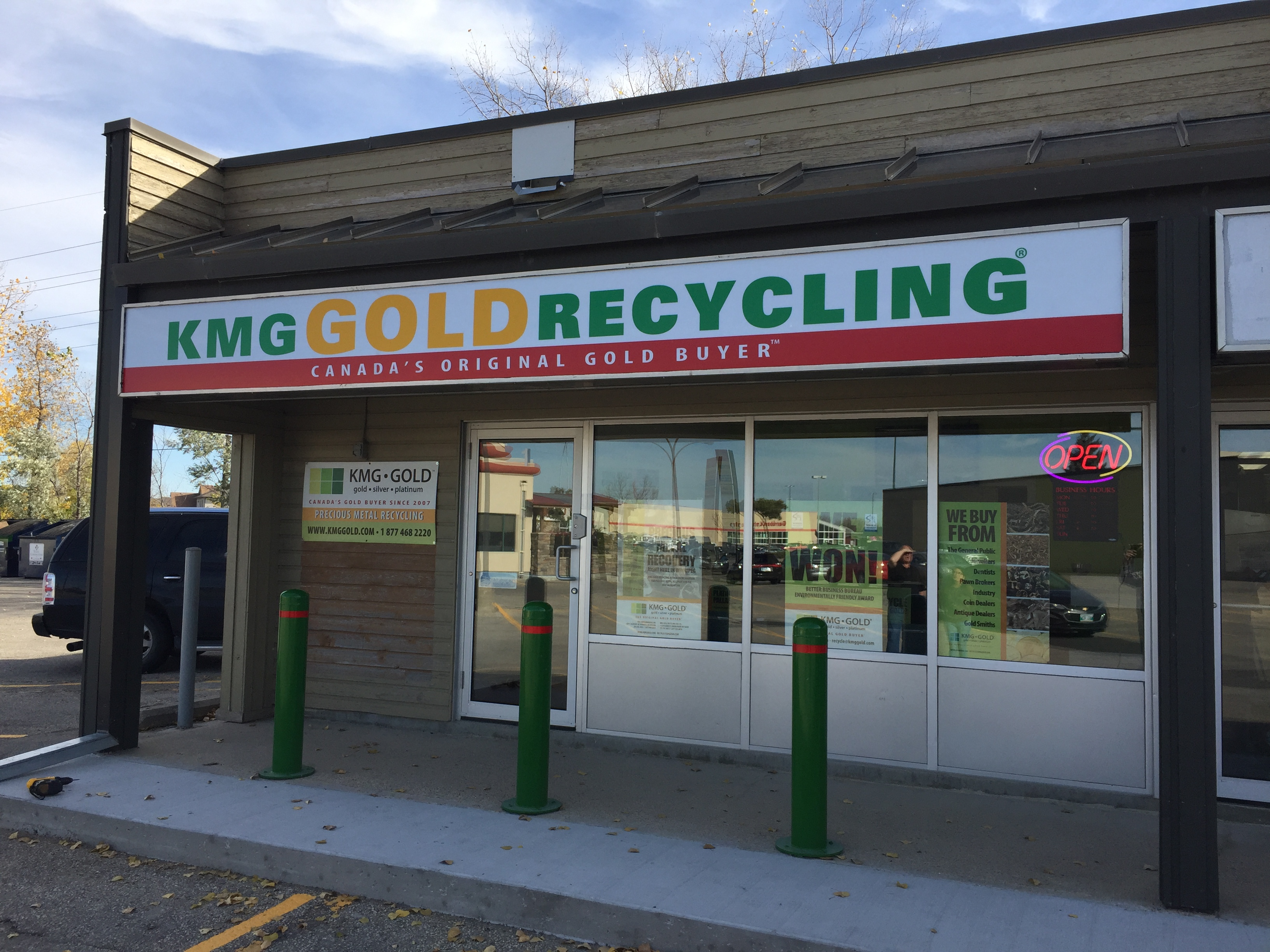 KMG Gold Recycling 1514 Regent Av W